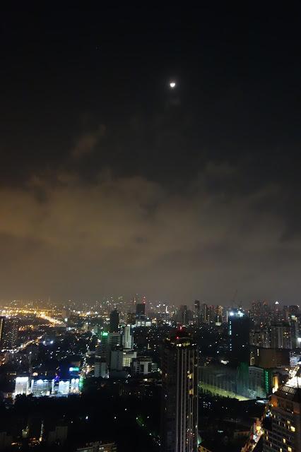 Yö Bangkokissa