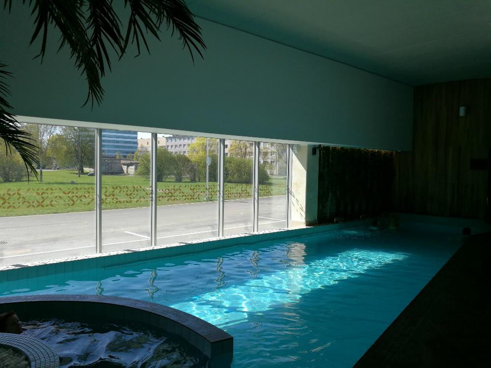 Uima-allas Tallinnalaisessa kylpylässä